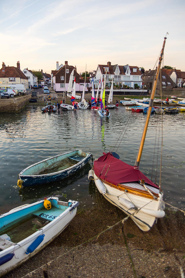 Emsworth Photograph - End Of The Day by Trevor Wintle