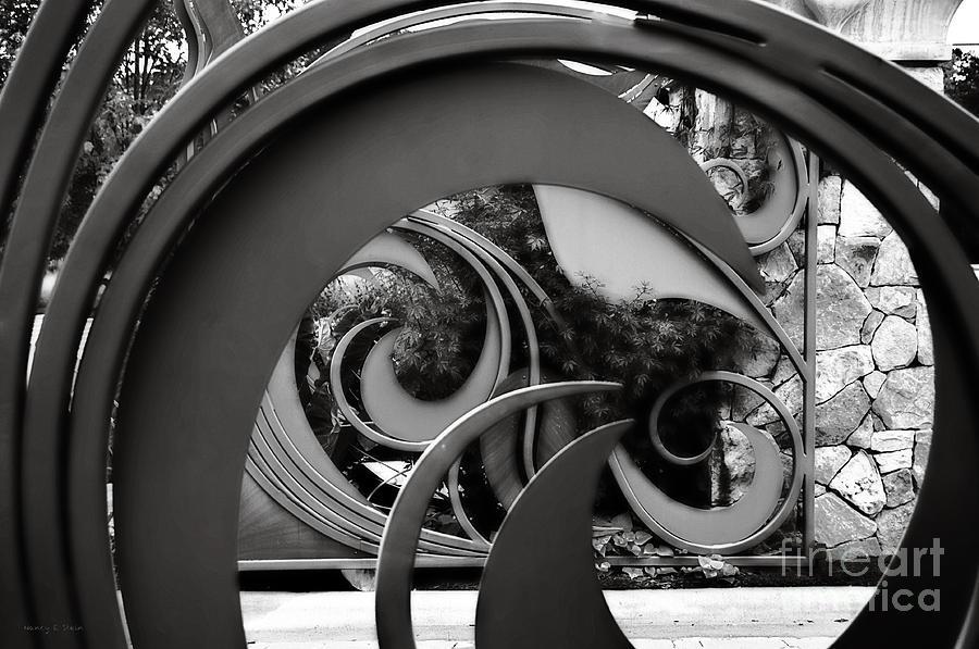 Entering Through Photograph