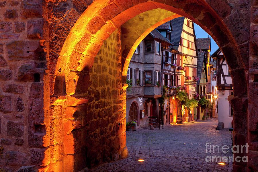 Riquewihr Photograph - Entry To Riquewihr by Brian Jannsen