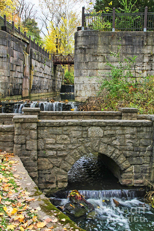 Erie Canal Locks Photograph by Jack Schultz