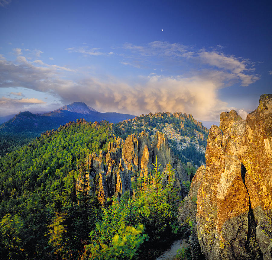 Landscape Photograph - Evening Light In The Mountains by Vladimir Kholostykh
