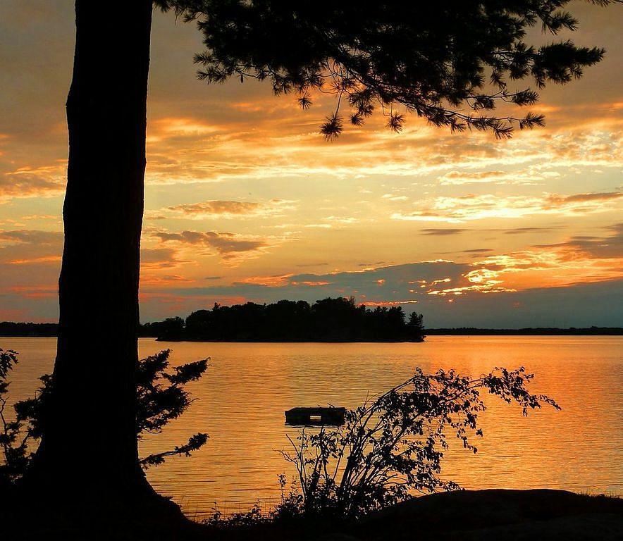 Evening on Grindstone Island by Lynda Evans
