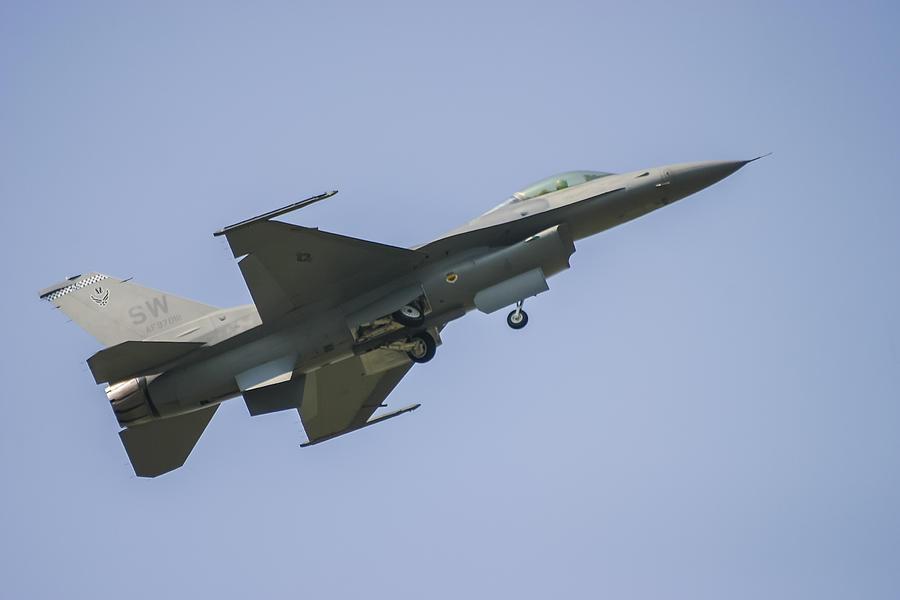 Aerobatic Photograph - F-16 Falcon by Adam Romanowicz