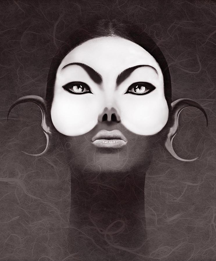 People Digital Art - Face Moon by Yosi Cupano