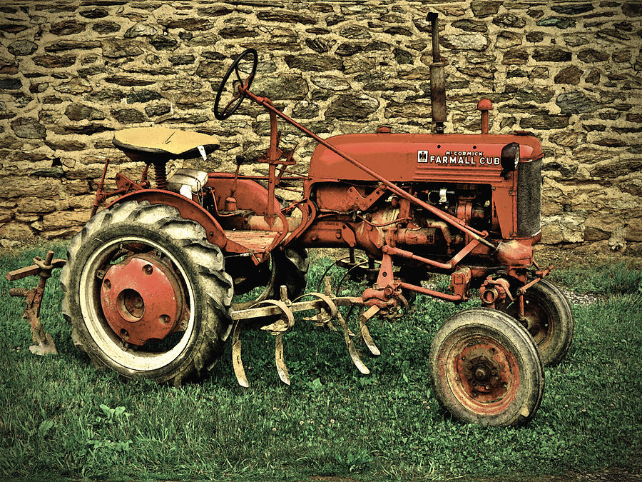 Farmall Cub Photograph By Robert Geary