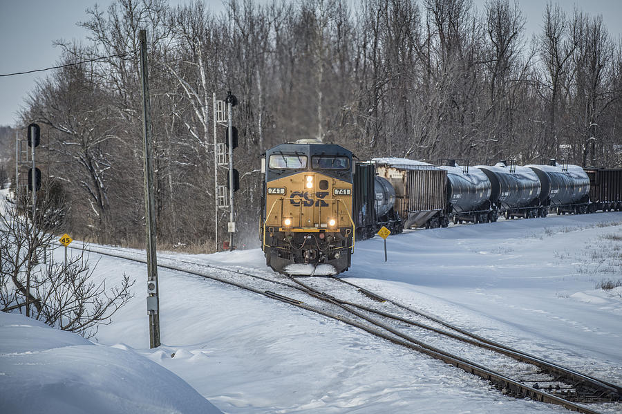 Csx Railroad Photograph - February 17. 2015 - Csx Q597 by Jim Pearson