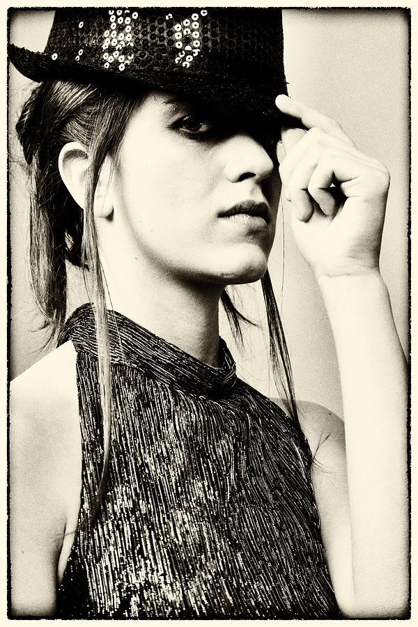 Portraits Photograph - Federica 1 by Salvatore Meli
