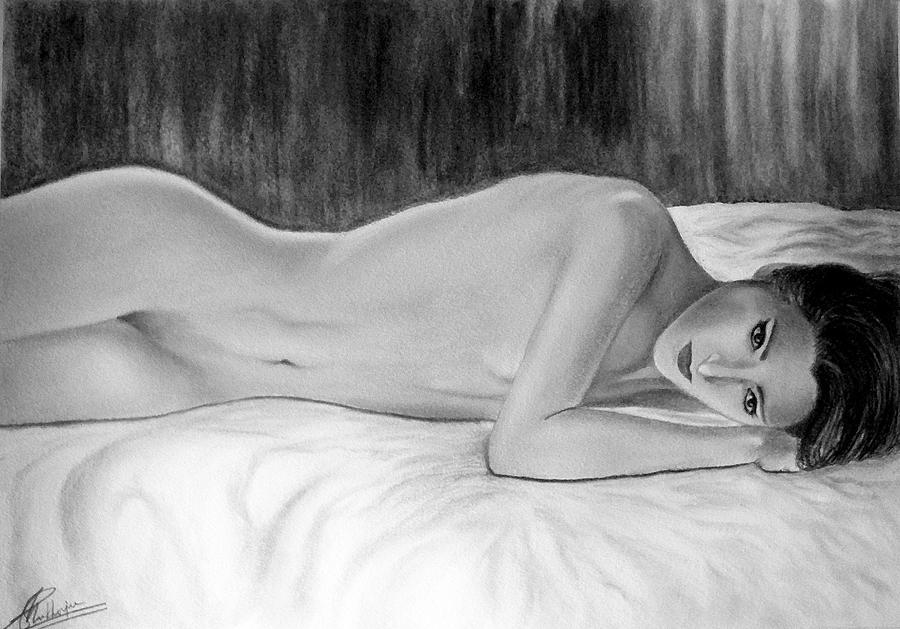 Drawing Mixed Media - Feminine Vi by Suvam Majumder