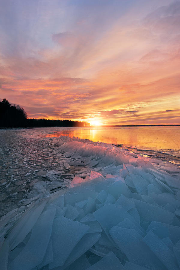 Sun Photograph - Fire And Ice by Christian Lindsten