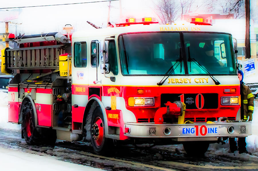Fire Engine 10 - Jersey City by Carlos Negron
