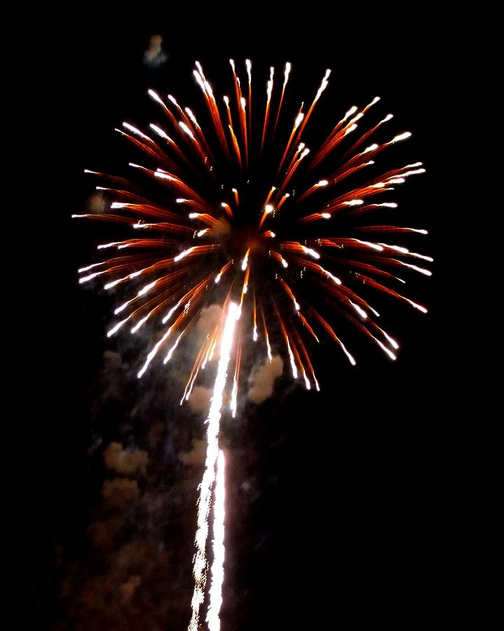 Fireworks Photograph - Fireworks 14 by Mark Malitz