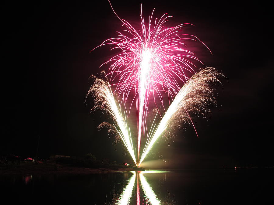 Garrison Cove Photograph - Fireworks At Cooks by Donnie Freeman