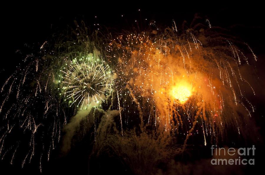 Fireworks Photograph - Fireworks in Chicago by Dejan Jovanovic
