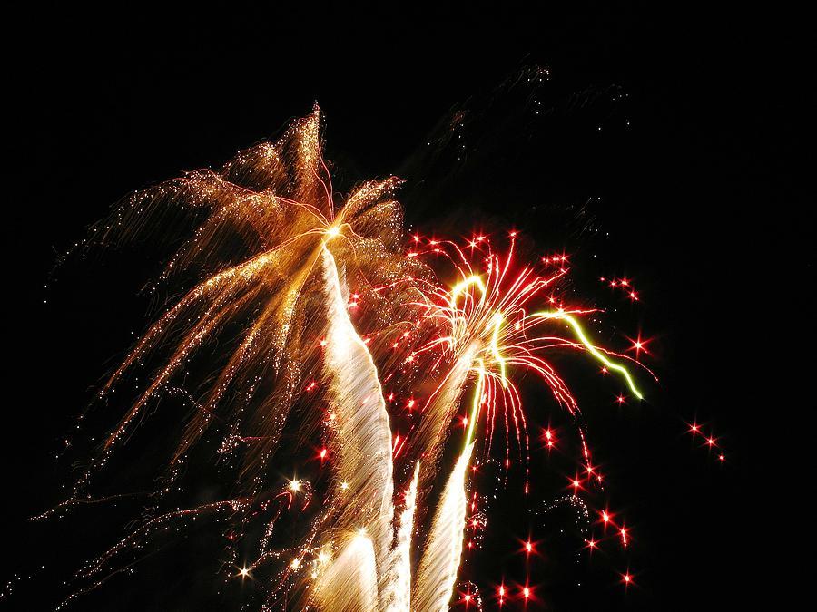 Fireworks Photograph - Fireworks On Display by Steven Parker