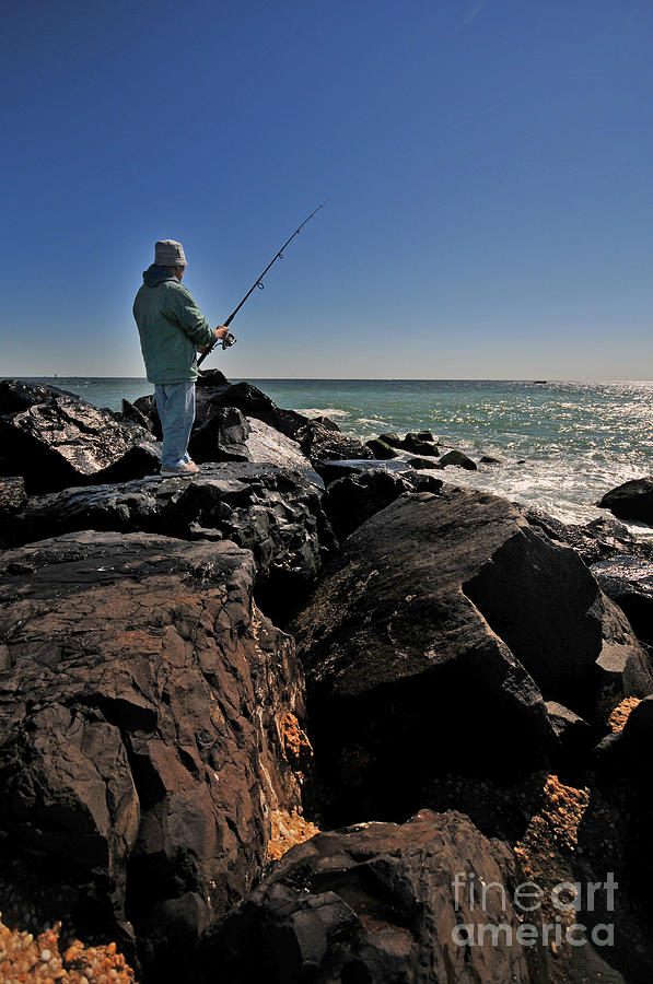 Paul Ward Photograph - Fishing Off The Jetty by Paul Ward