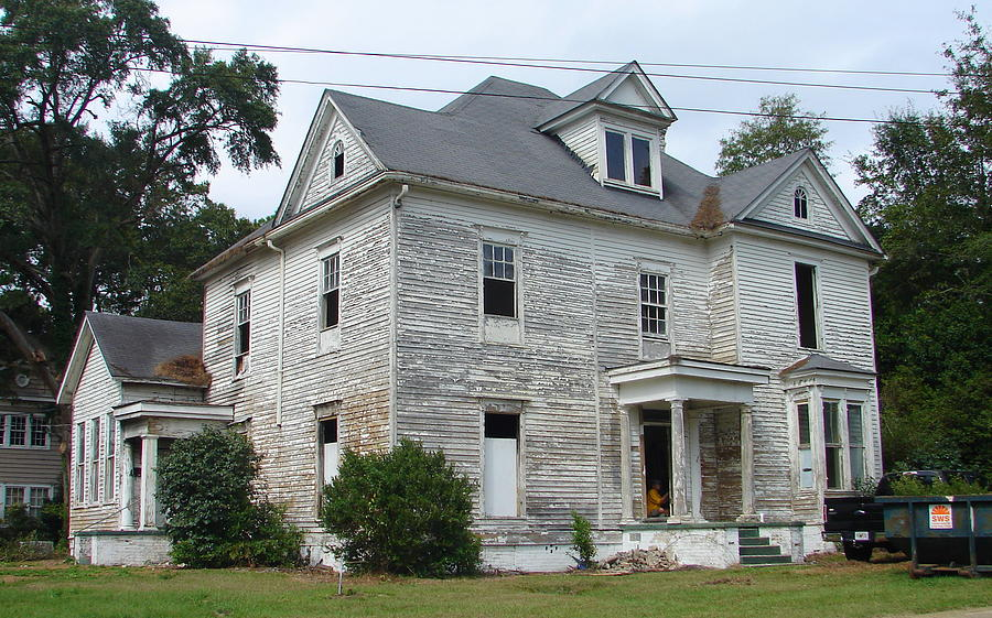 House Photograph - Fixer Upper by Lew Davis