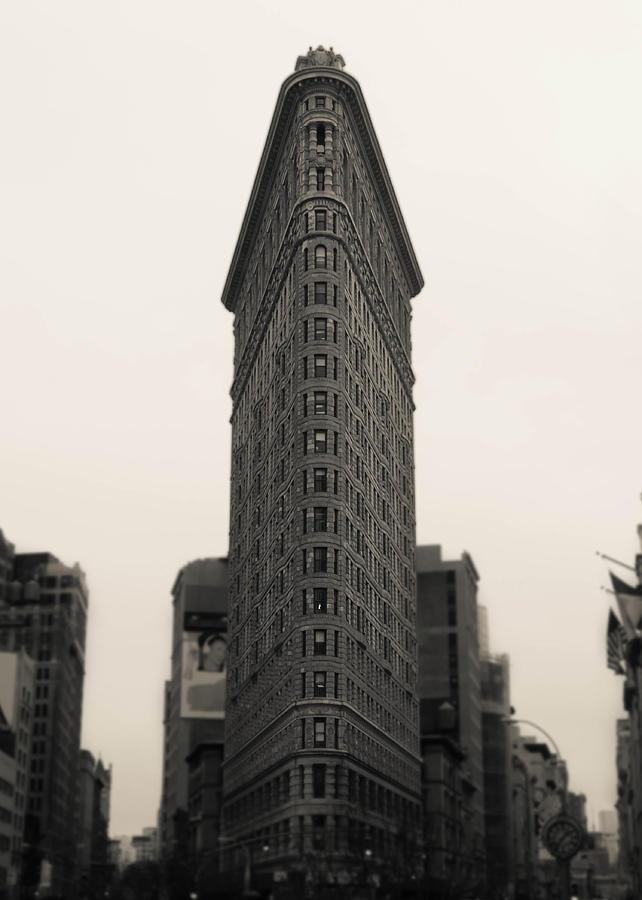 Flatiron Photograph - Flatiron Building - Nyc by Nicklas Gustafsson