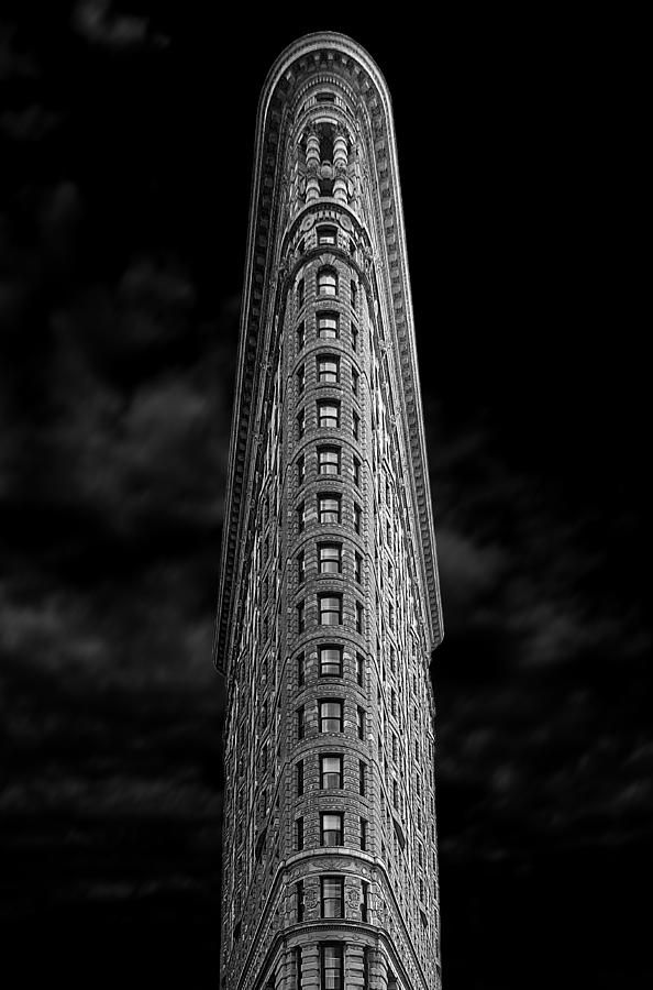 Bw Photograph - Flatiron by Jan Rauwerdink