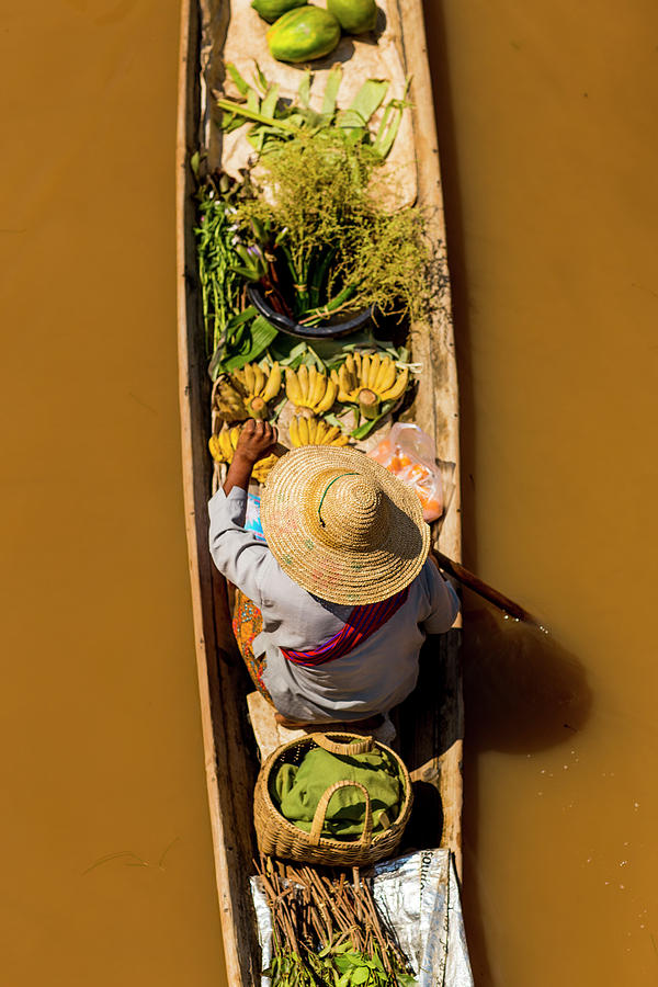 Floating Market Canoe With Fruit Photograph by Merten Snijders