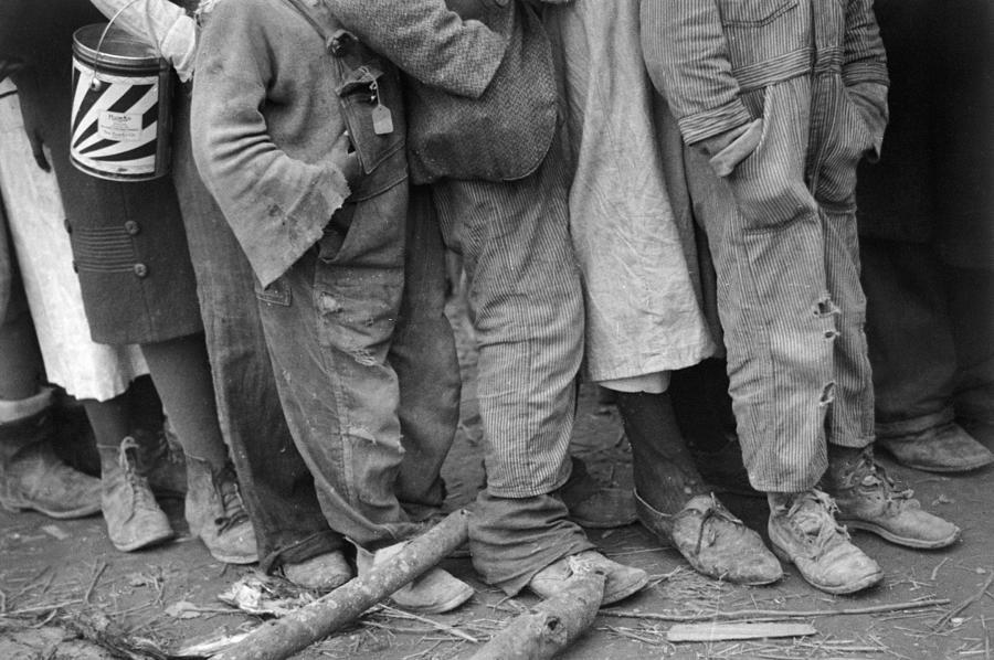 1937 Photograph - Flood Refugees, 1937 by Granger