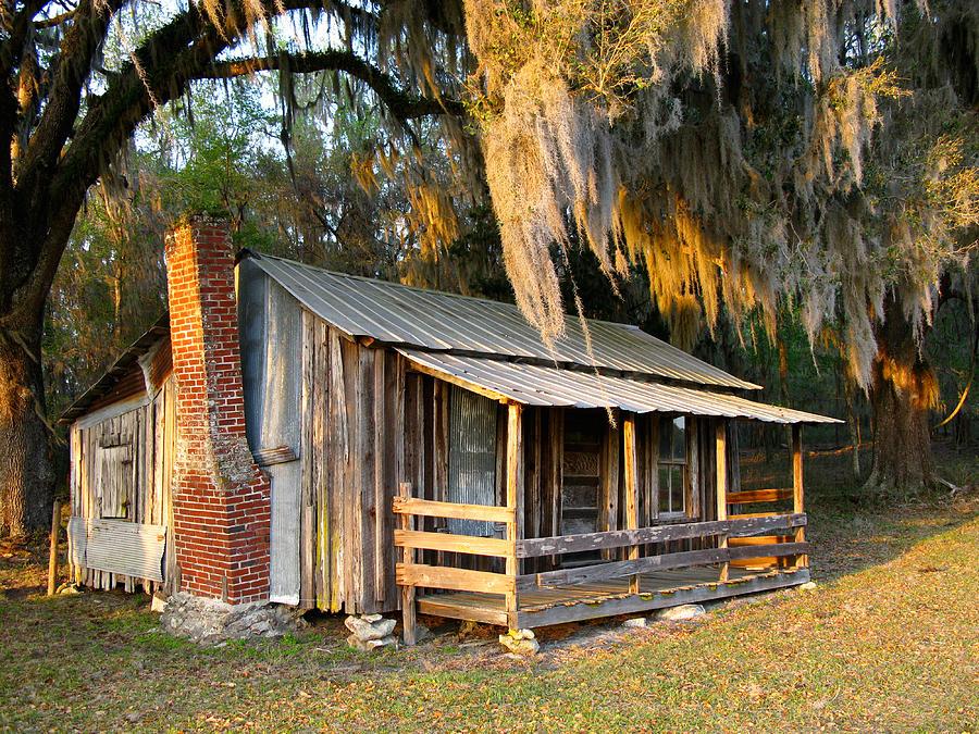 Cabin Photograph - Florida Cracker Cabin by Randi Kuhne