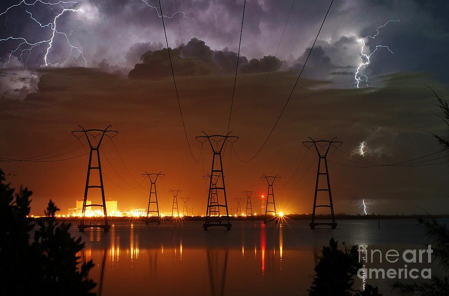 Lightning Photograph - Florida Power And Lightning by Lynda Dawson-Youngclaus