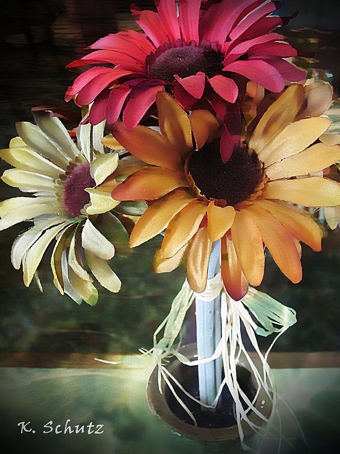 Flowers Digital Art - Flowers Water Ripples by Kelly Schutz
