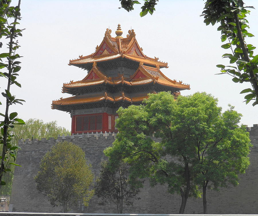 Building Photograph - Forbidden City Building 3 by Kay Gilley