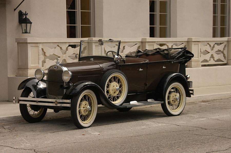 Ford Photograph - Ford Convertible 01 by Donald Williams