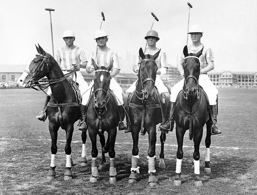 1920s Photograph - Fort Hamilton Polo Team by Underwood Archives