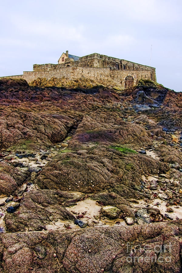 France Photograph - Fort National In Saint Malo Brittany by Olivier Le Queinec