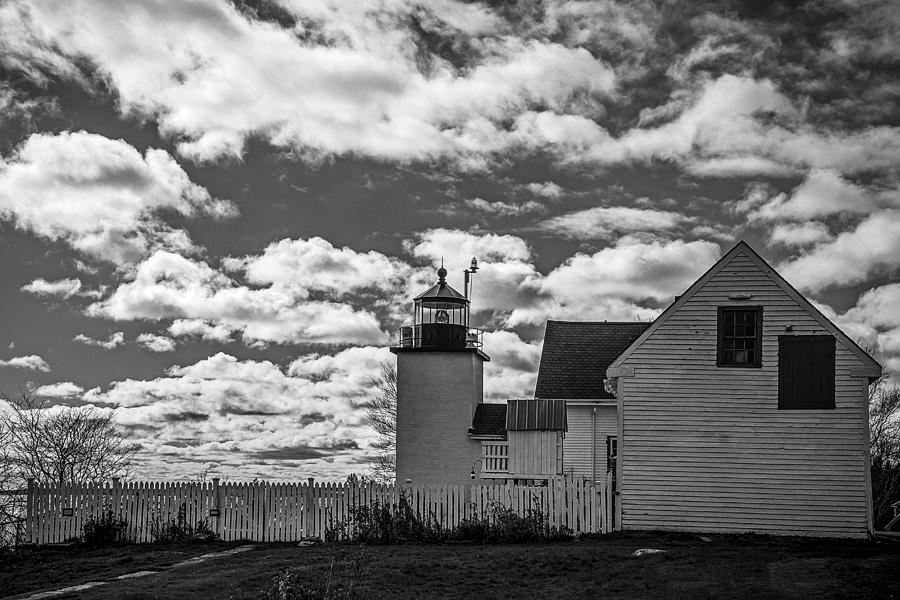 Fort Point Lighthouse Photograph - Fort Point Lighthouse by Robert Clifford