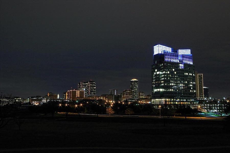 Fort Worth Photograph - Fort Worth Chesapeake Plaza by Jonathan Davison