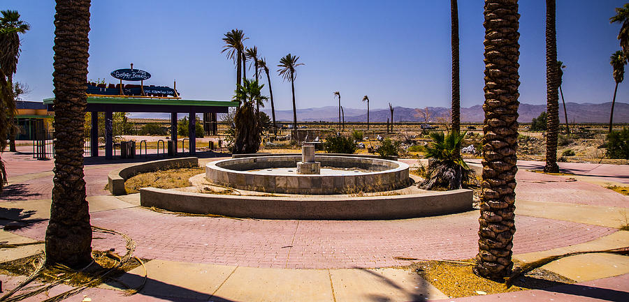 Fountain Photograph