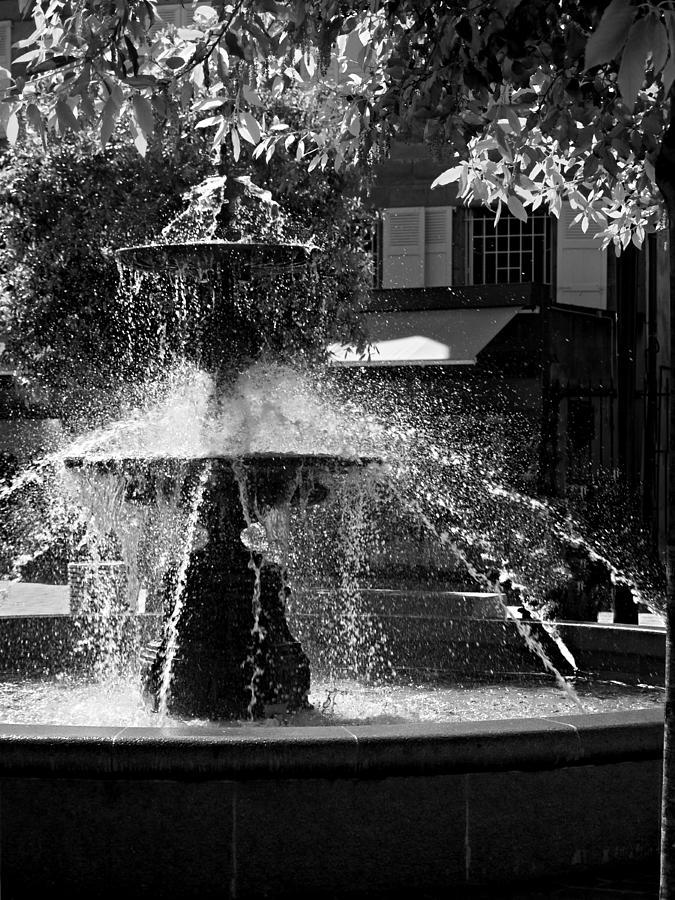 Fountain Photograph - Fountain on Place Toulzac / Brive la Gaillarde by Barry O Carroll