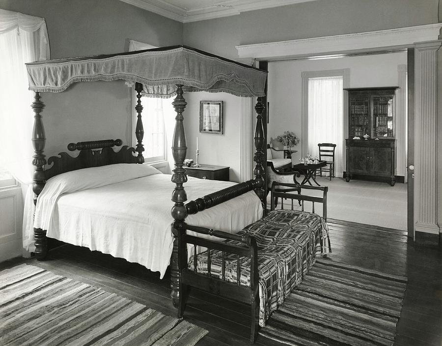Four Poster Bed Photograph by William Grigsby