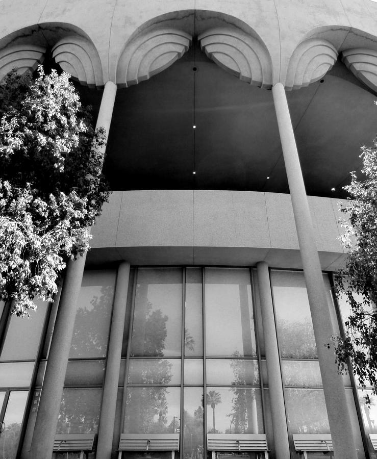 Frank Lloyd Wright Photograph - Frank Lloyd Wright Designed Auditorium by Karyn Robinson