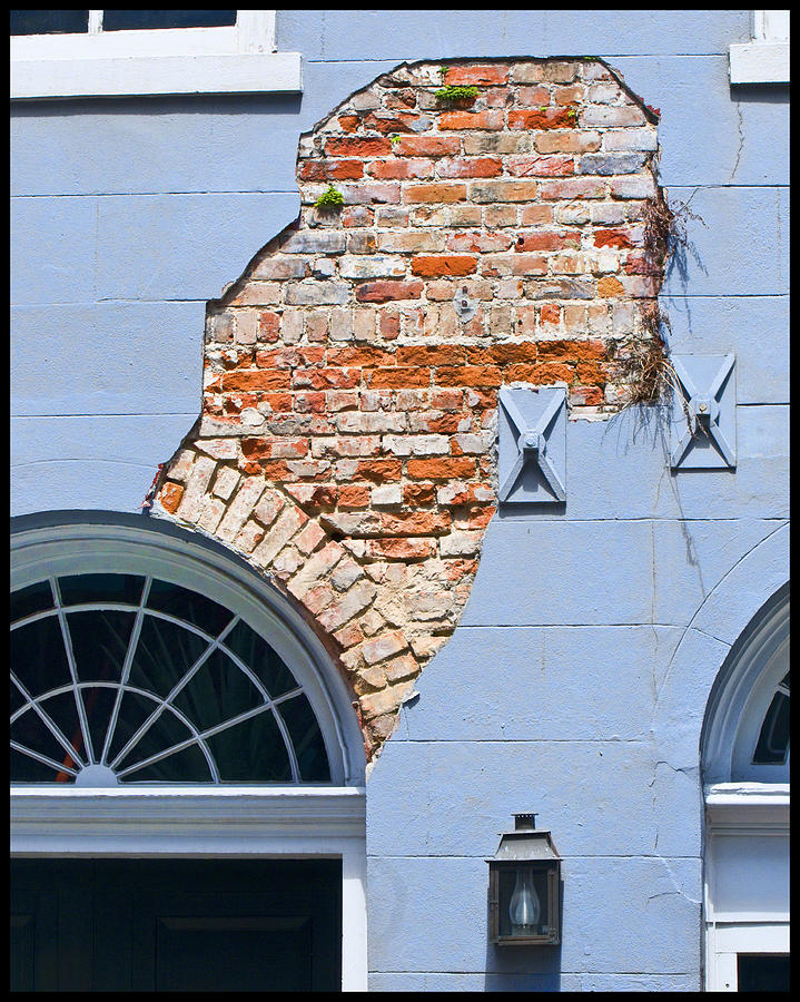 New Orleans Photograph - French Quarter Architecture by Ray Devlin