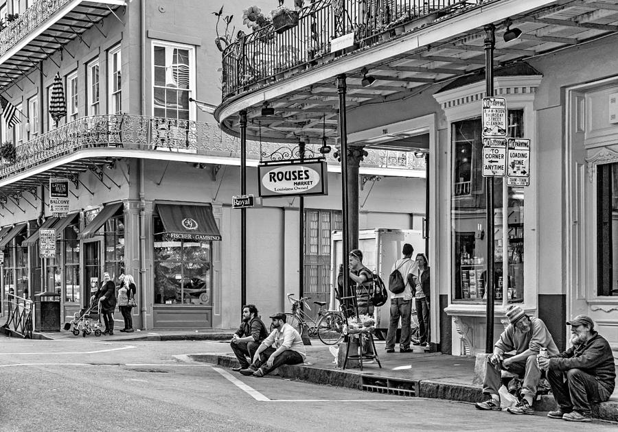 French Quarter Photograph - French Quarter - Hangin Out Bw by Steve Harrington