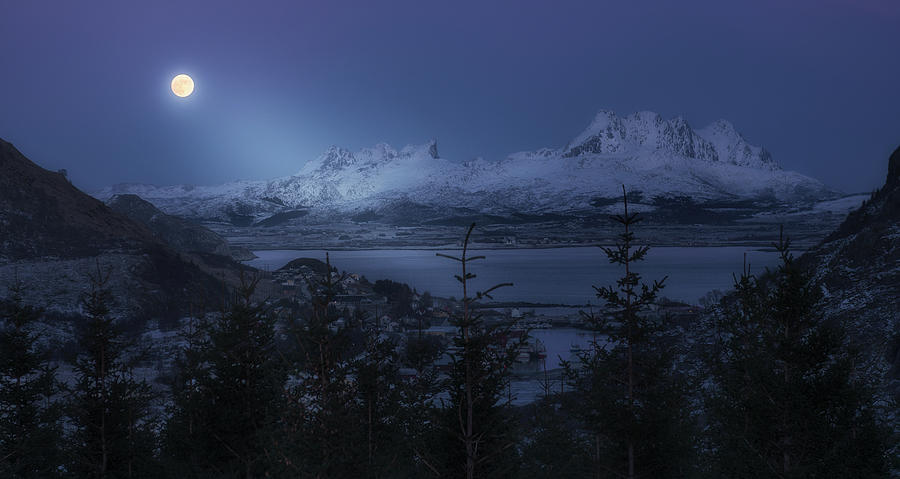 Norway Photograph - Full Moon by David Mart?n Cast?n