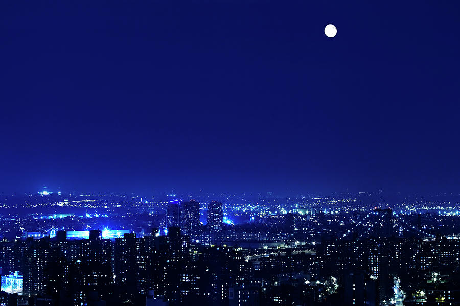 Full Moon Over Manhattan Photograph by Johner Images