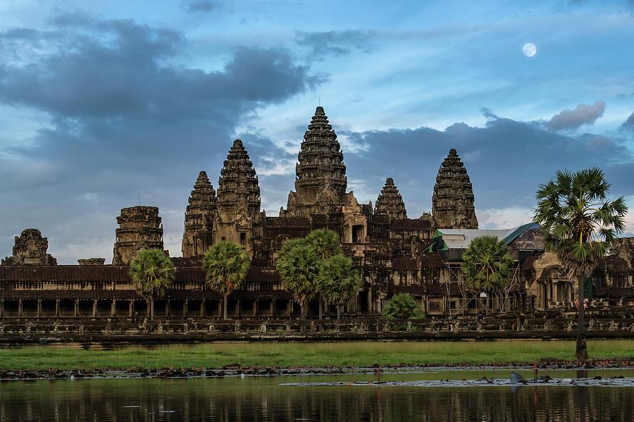 Fullmoon At Angkor Wat Photograph by Www.tonnaja.com