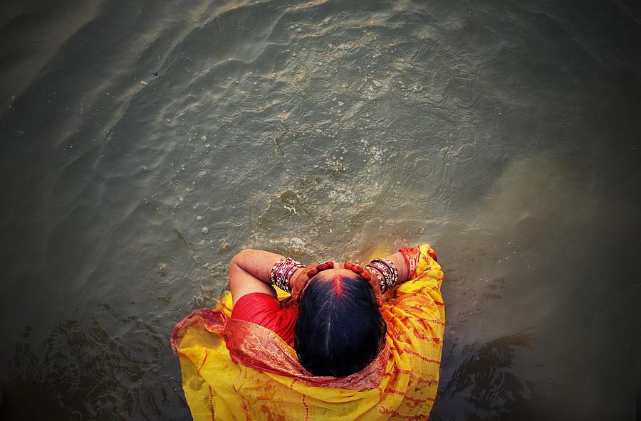 Bath Photograph - Ganges Bath by Money Sharma