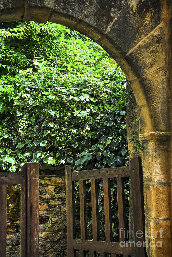 Sarlat Photograph - Garden Gate In Sarlat by Elena Elisseeva
