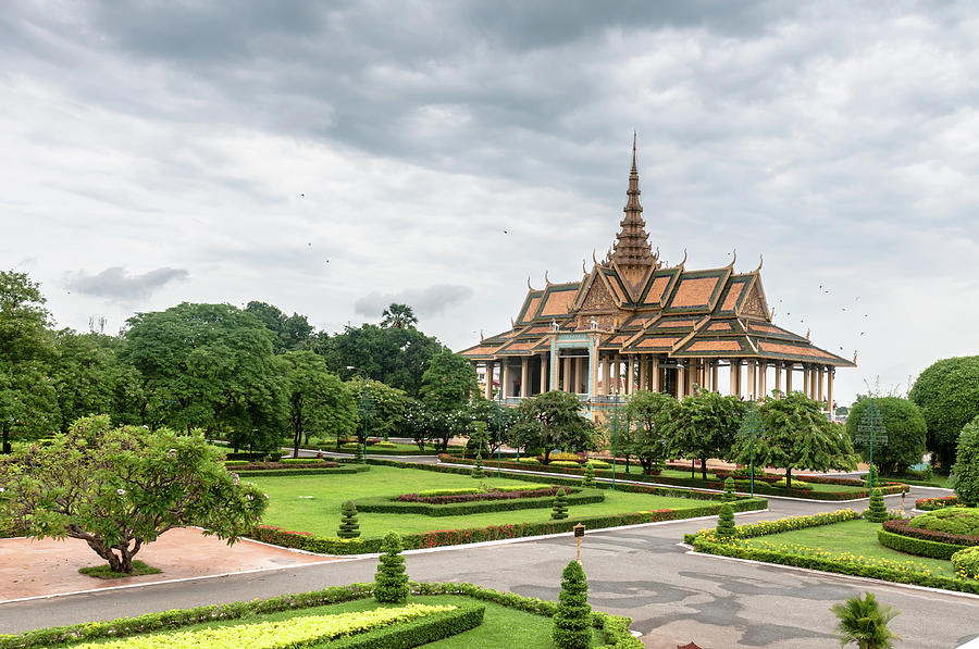 Gardens At The Royal Palace In Phnom Photograph by Tbradford