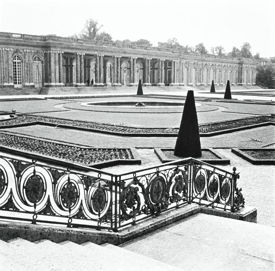 Gardens Of The Grand Trianon Photograph by Horst P. Horst