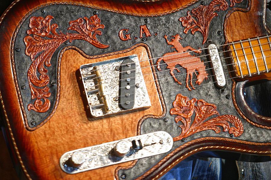Gary Allan Photograph - Gary Allans Guitar by Don Olea