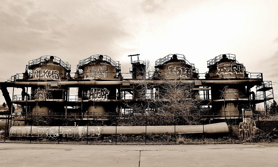 Gasworks Photograph - Gasworks Seattle by Benjamin Yeager