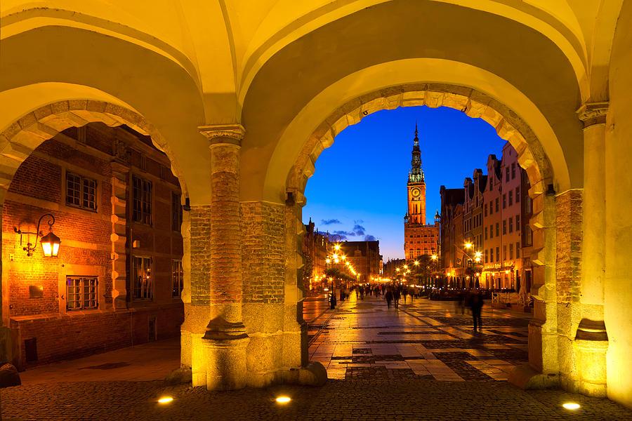 Gdansk Photograph - Gdansk 01 by Tom Uhlenberg