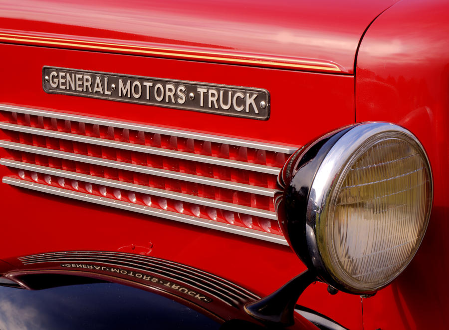 General Motors Truck Photograph - General Motors Truck by Thomas Young